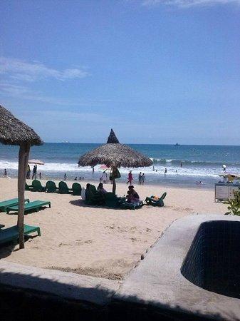 Hotel Playa Mazatlan: Cerca del restaurante
