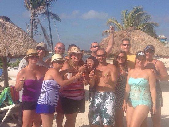 Nohoch Kay Beach Club: Mas Tequila!
