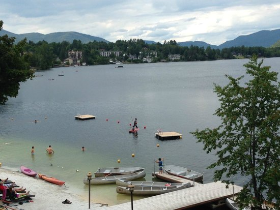 Golden Arrow Lakeside Resort: Beautiful Mirror Lake in Lake Placid, NY