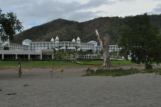 Hotel Riu Palace Costa Rica: view from beach