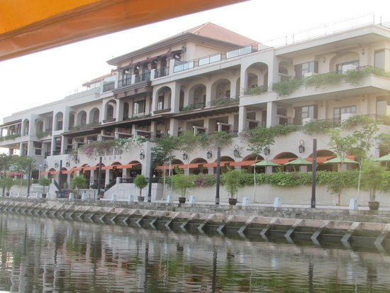 Casa del Rio Melaka: Hotel from the river boat cruise