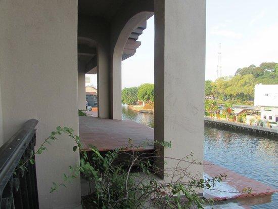 Casa del Rio Melaka : River room Balcony
