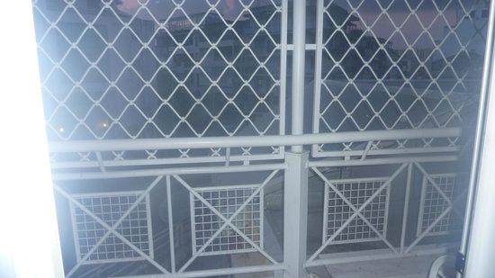 Hôtel Saint John Perse : la vue du balcon