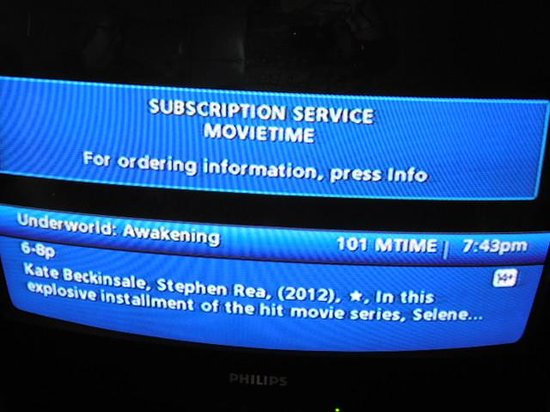 Howard Johnson Hotel Victoria: no TV available