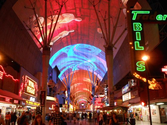Fremont Street Experience: Fremont Street - noite