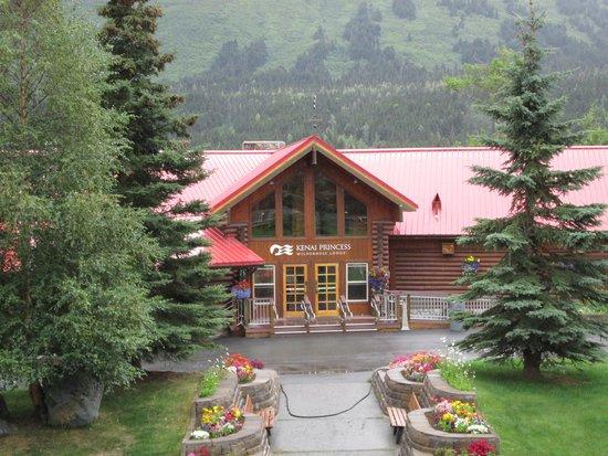 Kenai Princess Wilderness Lodge: main lodge
