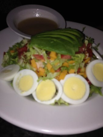 Burger Bar : Cobb salad!