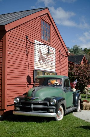 Vermont Country Store: exterior