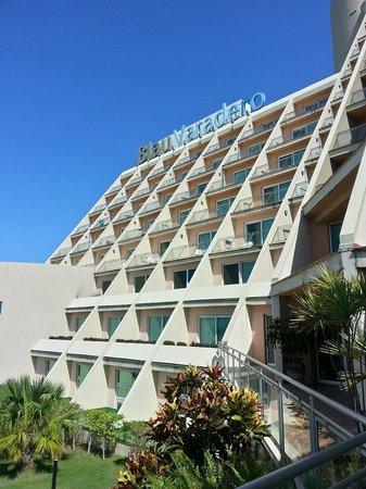 Blau Varadero Hotel Cuba: Outside Look