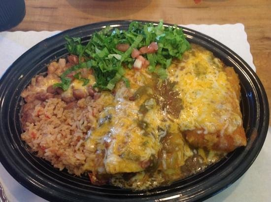 Del's Restaurant : a plate of three dishes for $11, tasted so so