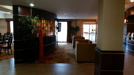 Sleep Inn & Suites I-20 : Nice entrance