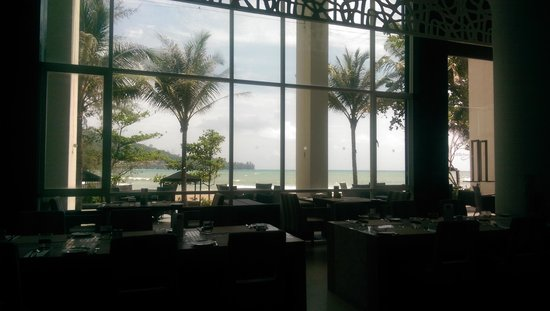 Novotel Phuket Kamala Beach : Beach view from restaurant