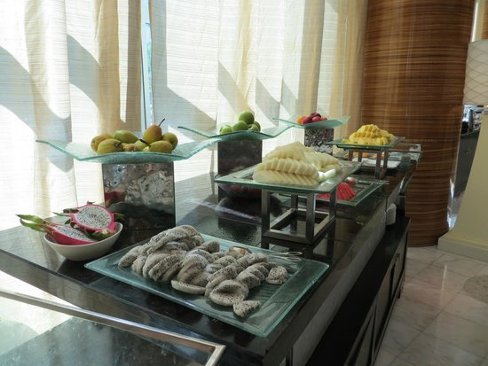 The Ritz-Carlton Beijing, Financial Street: Wonderful breakfast buffet