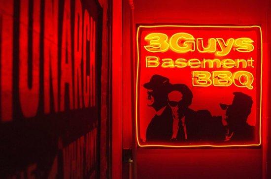 3 Guys Basement BBQ: entrance