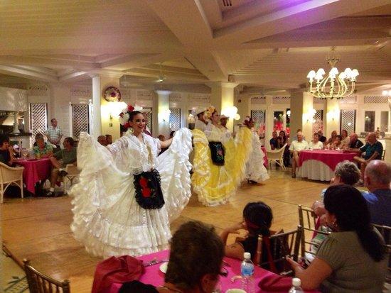 Pueblo Bonito Emerald Bay: Fiesta