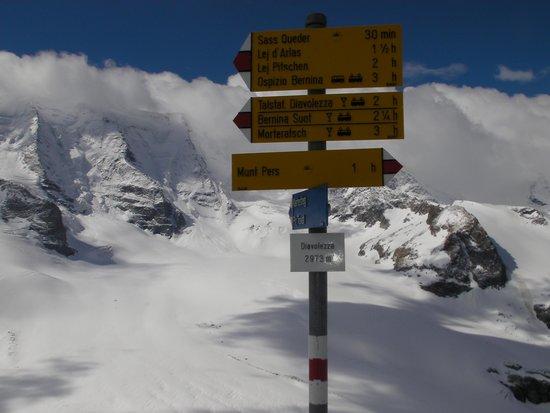 Signpost on Diavolezza