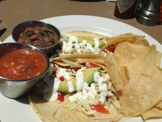Bluewater Avalon Seafood Restaurant : Fish tacos