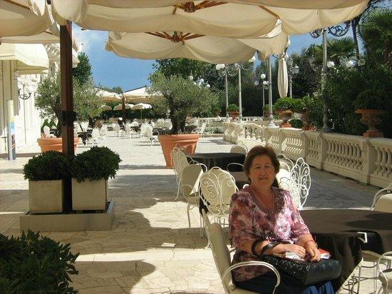 Grand Hotel Rimini: Открытая терраса