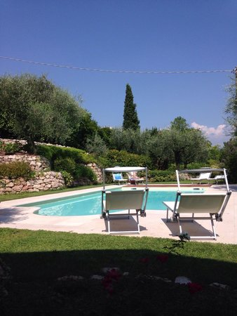 BB Garda & Golf : Nice and calm pool area
