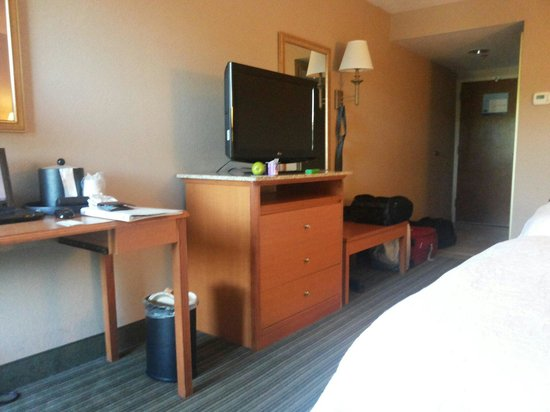 Hampton Inn Philadelphia / Willow Grove: Tv