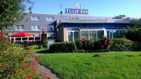 Tulip Inn Amsterdam Riverside: Задний двор