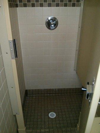 Lynden / Bellingham KOA: Shower