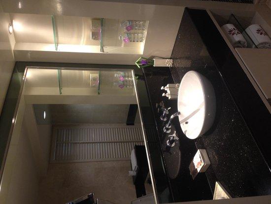 Angsana Laguna Phuket: Bathroom