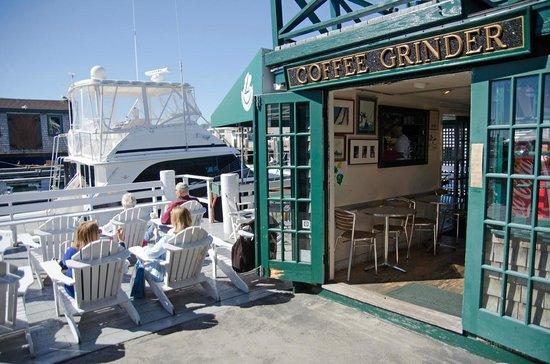 Coffee Grinder: exterior