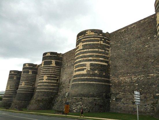 Castle of Angers: extérieur chateau