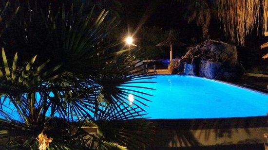Residence Fium del Cavo : Piscine