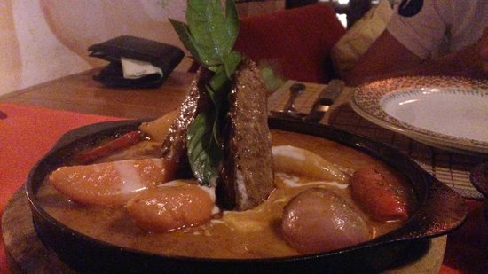 Spirit House Restaurant : Massaman steak