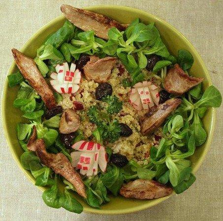 La Table des Saisons: Taboulé de quinoa et aiguillettes de canard