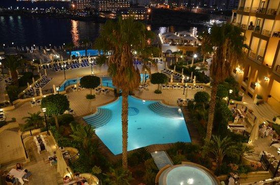 Corinthia Hotel St. George's Bay: uitzicht vanuit de kamer