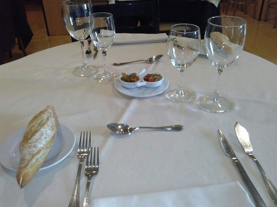 Hotel Restaurante Berri Versalles: Mesa restaurante