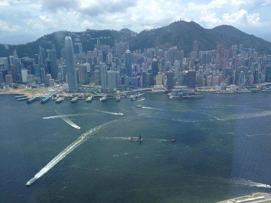 The Ritz-Carlton, Hong Kong : View of Hong Kong Island
