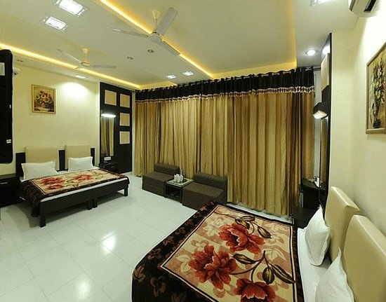 HOTEL AKAAL RESIDENCY: Royal Suite