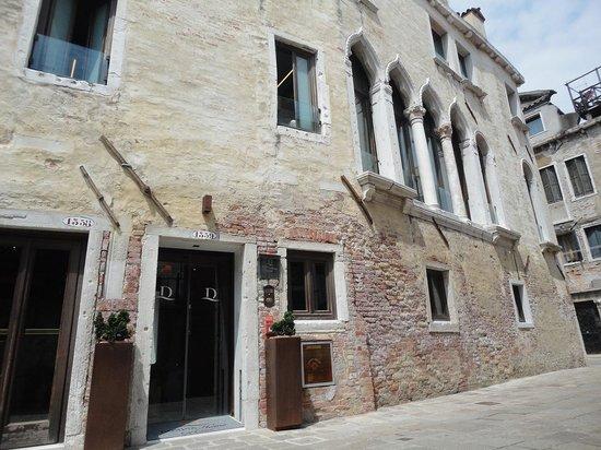 Hotel Ca' Zusto Venezia: 外観&サイン