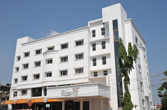 Hotel vijayentra pondicherry hotel reviews photos rate comparison tripadvisor for Cheap hotels in pondicherry with swimming pool