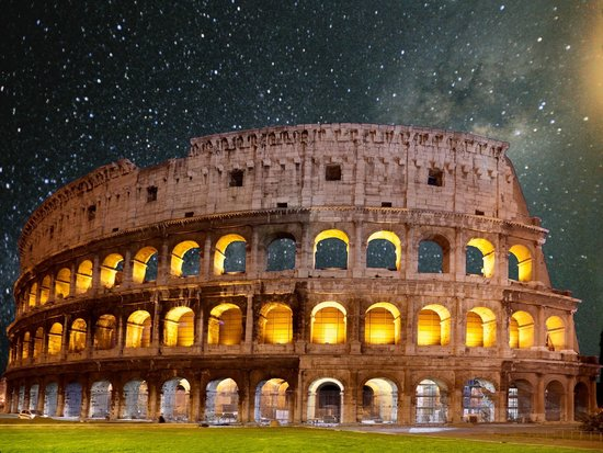 Colosseum at night - Tiber Limo in Rome, Italy