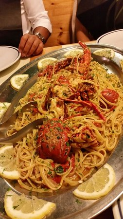 Ristorante Pizzeria Il Cantuccio: linguine all'aragosta SPECIALIIII