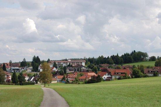 Hotel Oberwiesenhof: Blick auf Besenfeld und das Hotel