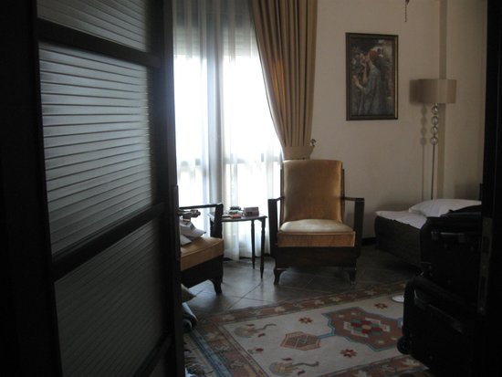 Ephesus Suites Hotel: Suite familiar