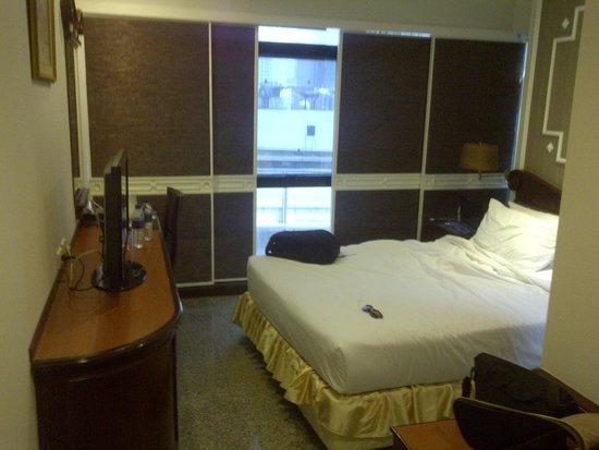 Majestic Suites: habitacion