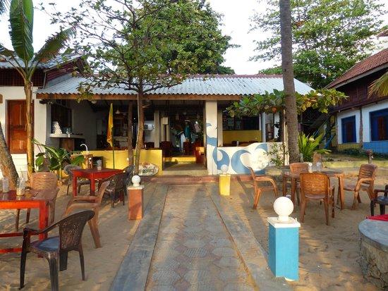 Arugambay Surf Resort: Relax