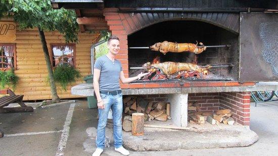 Hotel Mirjana & Rastoke: BBQ
