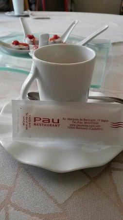 Pau Restaurant: Un déjeuner dominical et familial magnifique chez Pau à Benicarlo