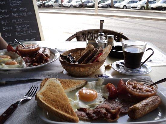 Hollandaise: 2.50 breakfast