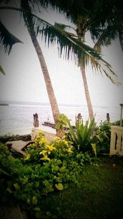 Anom Beach Inn Bungalows: View from the restaurant