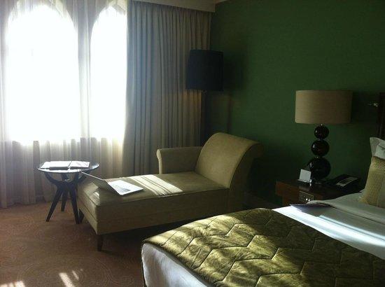 St. Pancras Renaissance Hotel London: Simplistic Room
