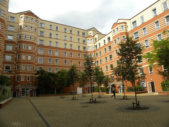 King's College Summer Accommodation: Stamford Street Apartments